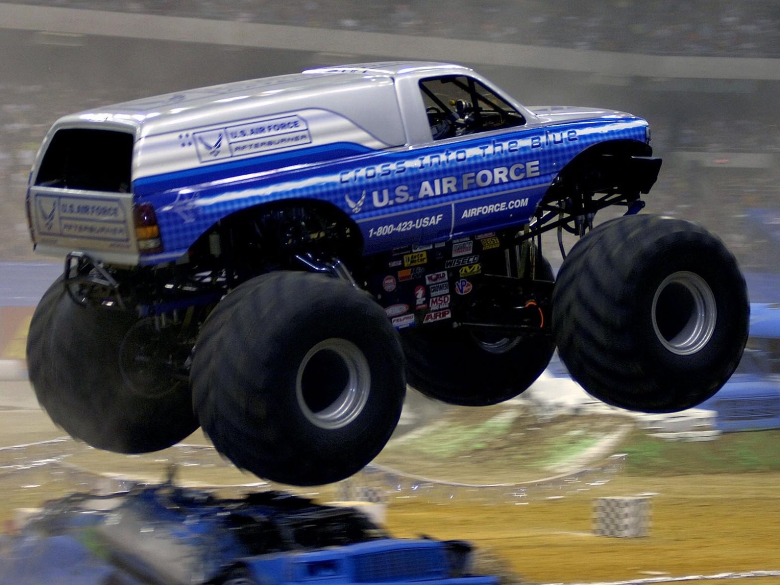 Monster Truck Challenge Free